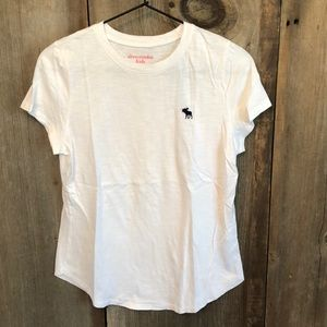 Abercrombie Classic White T-shirt Size 15/16